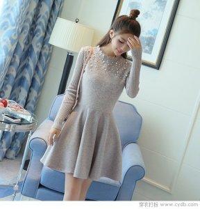 冬天依然阻止不了爱美的女人穿连衣裙 保暖第一时髦第二!