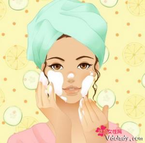 女性护肤最佳时间  清晨护肤是最佳时期