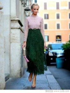 墨绿色单品呈现复古feel 适合有气质的姑娘穿搭!