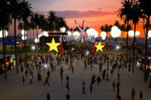 TOMMY HILFIGER 将TOMMYNOW概念带入美国洛杉矶