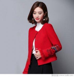 延续新年的喜庆 情人节约会装依然选红色单品吧!