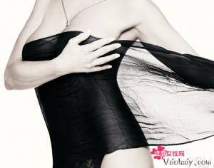 女性乳房怎么清洗才美丽? 洗澡时滥用丰胸产品