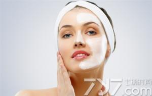 用醋水洗脸后可以敷面膜吗?面膜的正确使用方法是什么?
