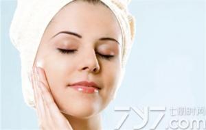 洁面之后 眼霜乳液的正确使用步骤是什么?