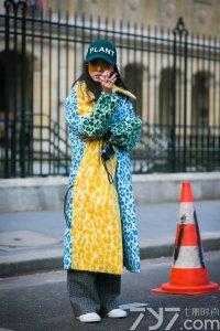 素来休闲的鸭舌帽走起了时尚风 这个元素你get了吗?