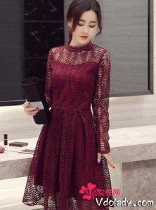 阳春三月做个美美的小女子,怎么能少的了这样的长袖连衣裙