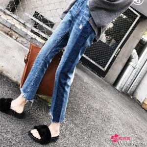 阔腿牛仔裤是一件永远不会穿错的单品,你备了吗