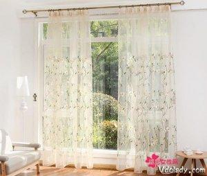 一帘幽梦,如何用窗帘制造成家里的一道风景线?