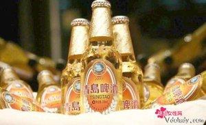"""又到撸串的季节,必备的大绿棒子,更是抵不住的诱惑""""青岛啤酒"""""""