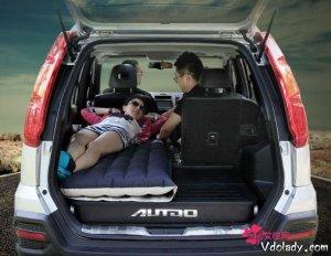 和爱人自驾游,怎少得了车载气垫床?舒适又浪漫