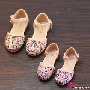 和女儿一起穿高颜值亲子鞋,出街就是风景线