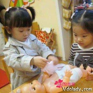 女宝宝也需要培养动手能力,DIY梦幻芭比,给宝宝梦幻童年