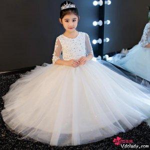 唯美梦幻的公主蓬蓬裙,让小精灵成功卖萌不出错