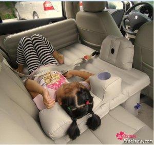 开车自驾游时孩子经常犯困?带上这几款车载充气床,孩子睡得更香