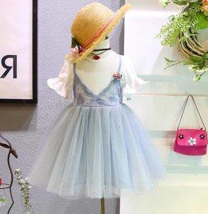 小公主的甜美必杀技!穿上梦幻公主裙让女儿做一个快乐的小仙女吧