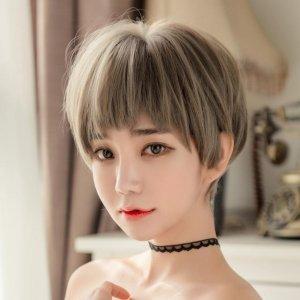 脱发严重,头发稀少好难看?逼真假发套帮你打造完美发型