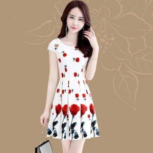 这裙子要火,好看显瘦又便宜谁不喜欢,夏季流行垢雪纺印花连衣裙