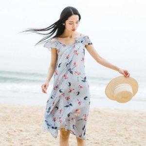 文艺连衣裙,承接夏日的清凉,长长的裙摆更是仙气的代言