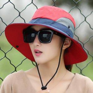 夏天防晒有绝招,大檐遮阳帽搭配遮阳镜,绝配