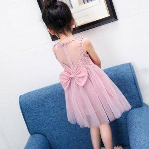 充满梦幻感觉的公主裙,给你的宝贝带来天使般的美丽