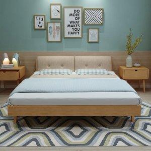 进口橡木实木床,款式美观而价格实在,让人一见倾心