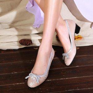 中国风复古绣花单鞋,引领17时尚新风潮,更显高贵典雅气质