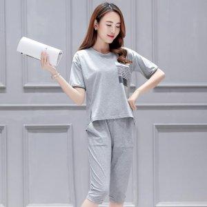 休闲套装让20-30岁女生穿出知性舒适感,藏住小肚腩特显瘦