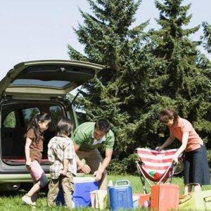夏季自驾游,别傻傻的只带气垫床,老司机推荐几款实用车品