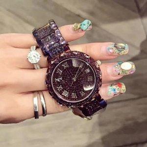 情人节女友不要礼物,你也信?送她这几款手表,太有档次了
