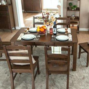 一家人最幸福的时光就是聚在一起吃美食,好的餐桌太重要