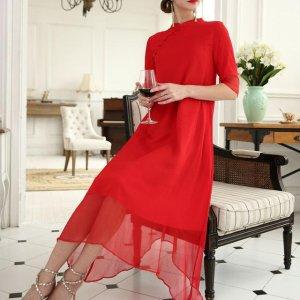 去年的连衣裙别穿了,今年流行民族风刺绣连衣裙,特别是第三款