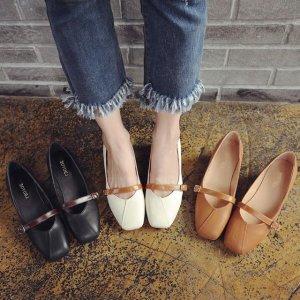 快把去年的鞋子丢了,今年大热的玛丽珍鞋,复古优雅显气质