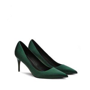 职业女性怎么能少了这些舒适又漂亮的尖头高跟鞋呢?关键穿着舒服