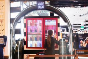 玛丽黛佳色彩贩卖机开启彩妆贩卖新玩法