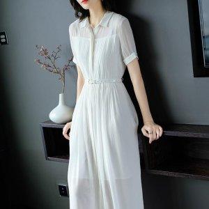 飘逸连衣裙提升时尚感,穿上充满青春活力