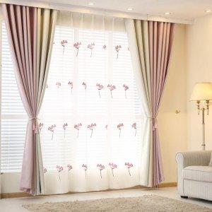 头一次见客厅窗帘可以这样,半透出隐约的浪漫和梦幻,太漂亮了