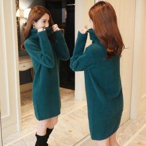 丢掉过时的连衣裙吧!今年冬天流行这样的毛衣裙,简约保暖又舒适