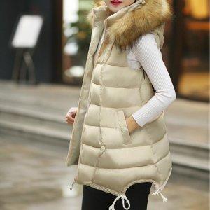 美眉初冬别乱穿衣,中长款马甲+毛衣保暖又显瘦,让你美出女神范