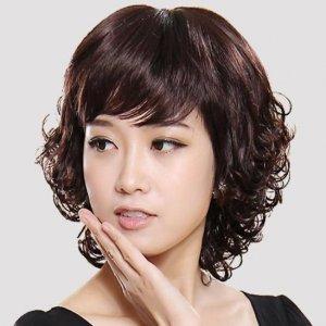 四五十岁女人头发别乱烫,烫错了太显老,这9种发型减龄还好打理