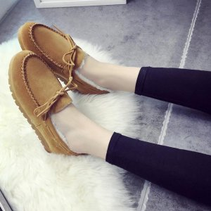洋气保暖的豆豆鞋,毛绒绒的不止穿着舒适,还显脚秀气呢