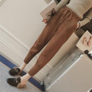 胯大腿粗的美眉,换上今年流行的哈伦裤,轻松穿出简约时尚范
