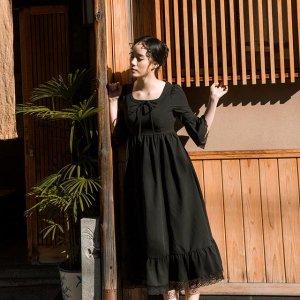 今年很流行的复古文艺风连衣裙,超大裙摆设计,浪漫唯美迷人