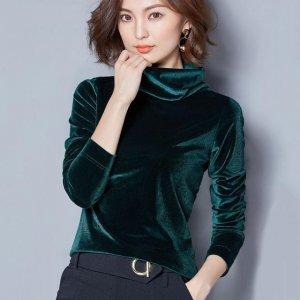 女人的服装千千万,唯独不能缺了这样的魅力小衫,保暖好穿显年轻