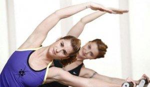 30岁女人就变黄脸婆?平时多做点这个动作,轻松减龄提升气质