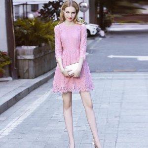 浪漫的秋季,自然少不了浪漫的蕾丝连衣裙