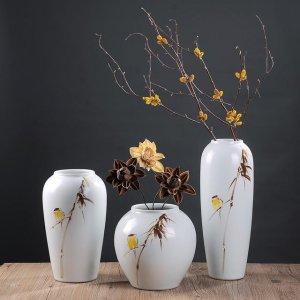 简约陶瓷花瓶,把春天留在家里