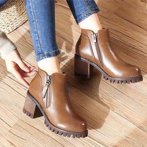 秋冬搭配的点睛之笔,堪称完美的百搭马丁靴