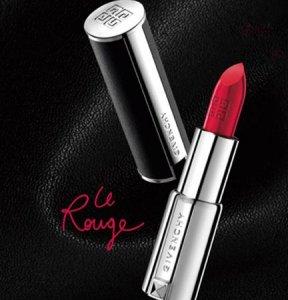 女人包包都少不了这些化妆品,不仅好用还不贵,让你更有女人味