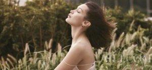 压力或使皮肤下垂  教你拥有超有感紧致肌肤