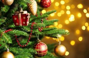 纪梵希限量彩妆系列,闪耀缤纷圣诞!